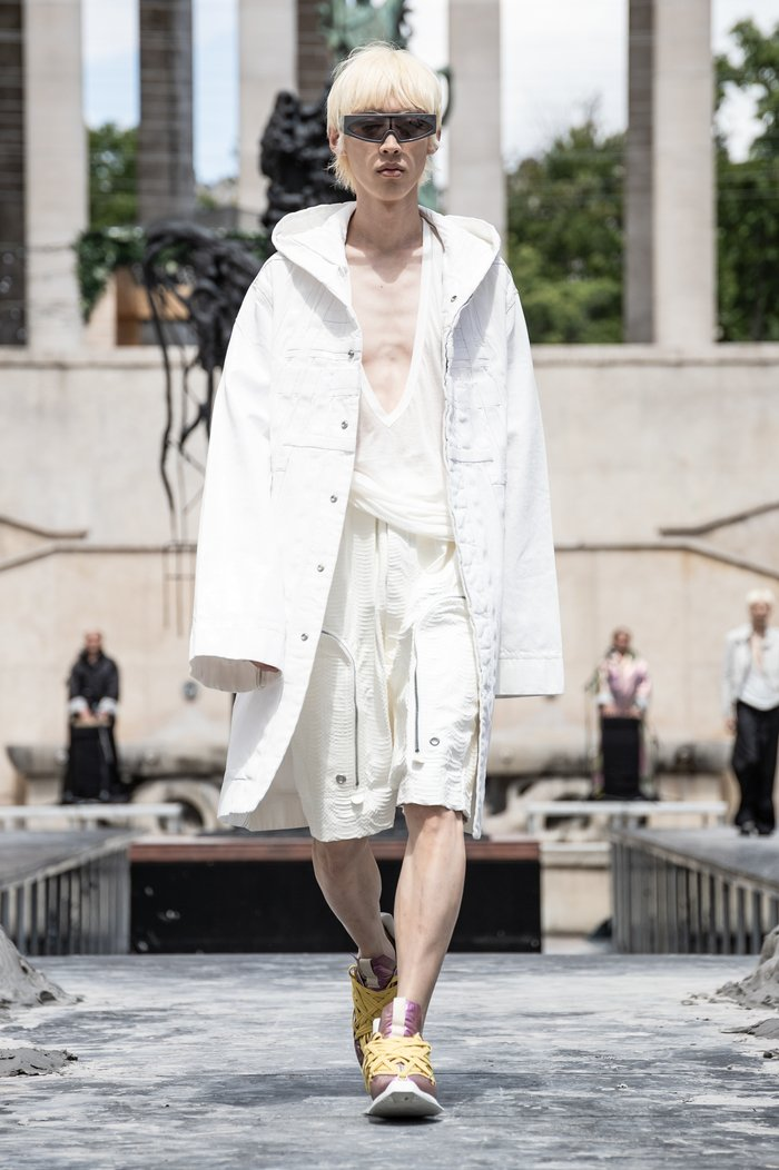 Collections cover rick owens men ss20 paris 0039