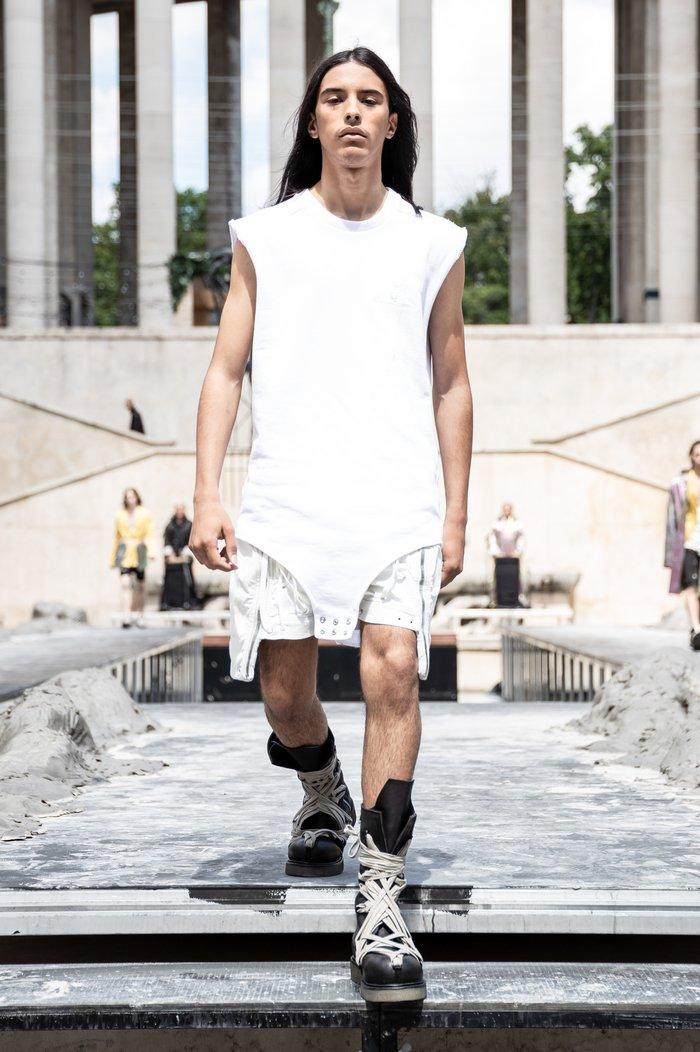 Collections cover rick owens men ss20 paris 0036