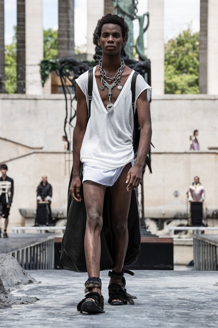 Collections cover rick owens men ss20 paris 0032