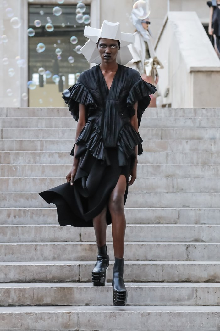 Collections cover rick owens rtw ss20 paris 2456