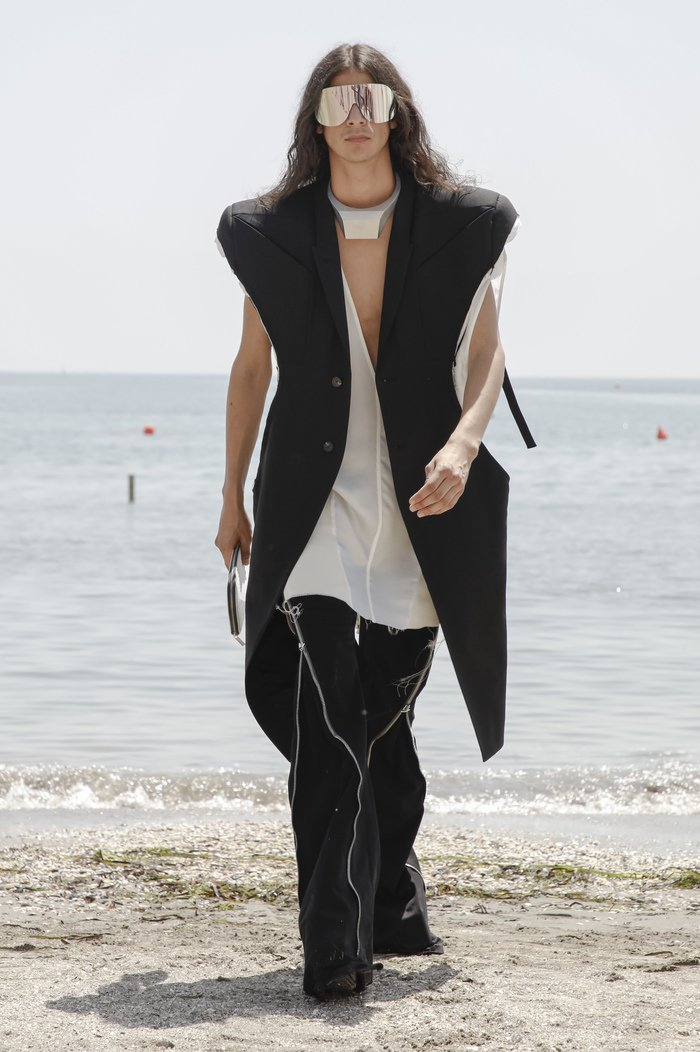 Collections cover rick owensd men ss22 venice 8493