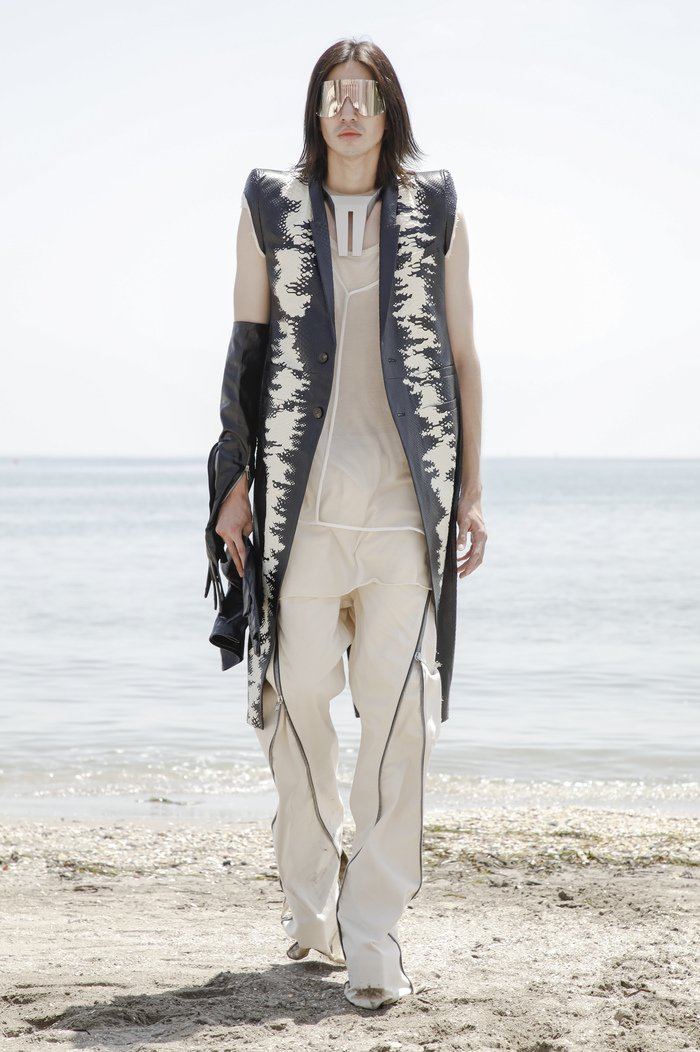 Collections cover rick owensd men ss22 venice 8863