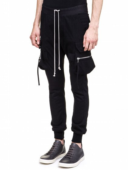 RICK OWENS CARGO JOG PANTS IN BLACK