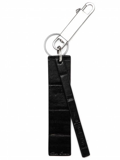 RICK OWENS LABEL KEY CHAIN IN BLACK LACQUERED SKIN