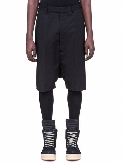 RICK OWENS TAILORED PODSHORTS IN BLACK