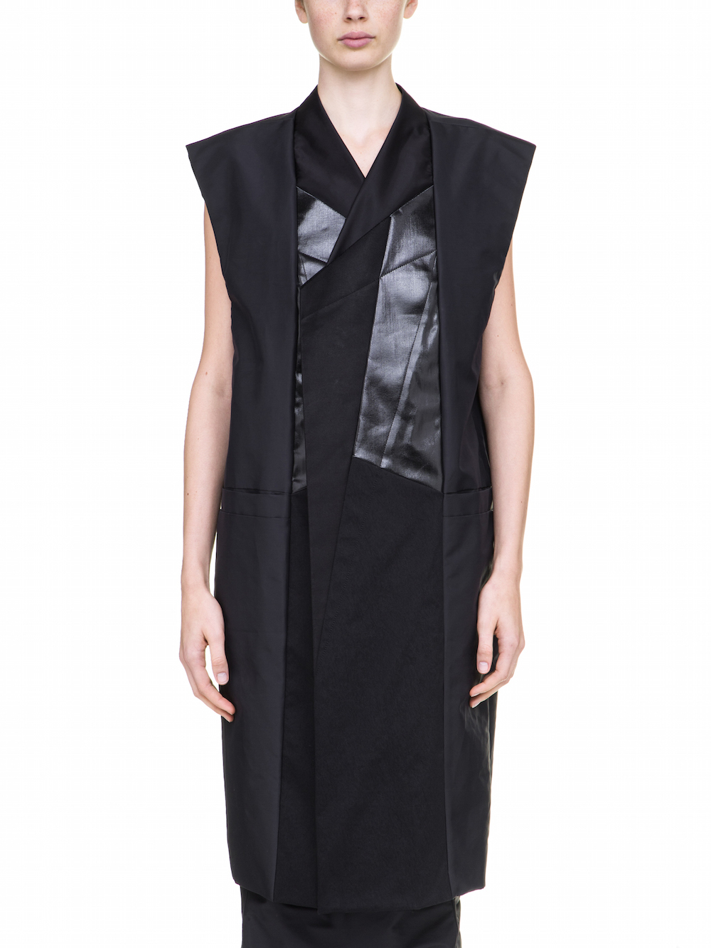 RICK OWENS ASSEMBLY DAGGER BLACK COAT IS SLEEVELESS AND WITH GEOMETRICAL PATCHWORK