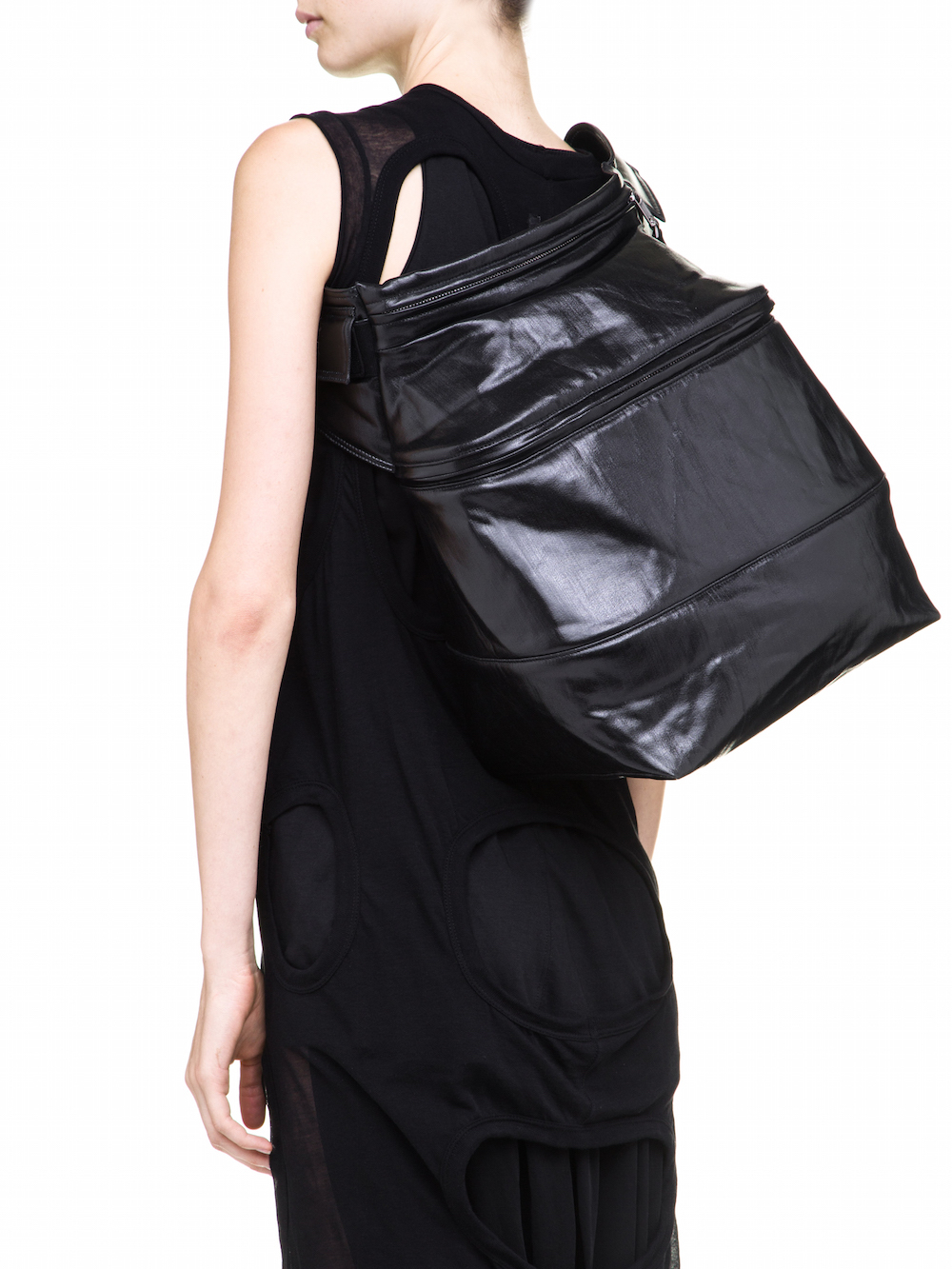 RICK OWENS FERTILITY BELT IN BLACK IS A VOLUMINOUS WAIST POUCH
