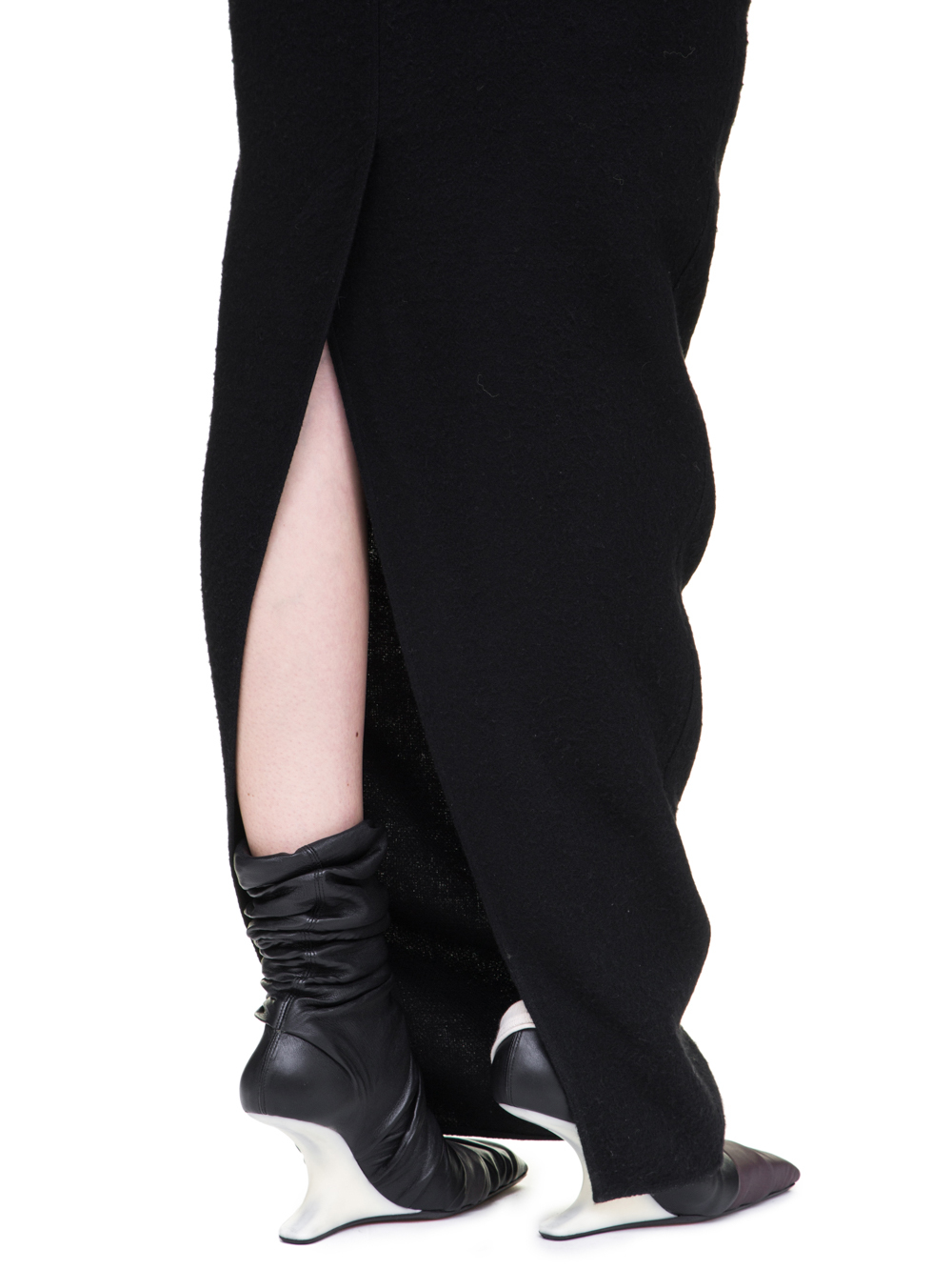 RICK OWENS OFF-THE-RUNWAY PULL-ON PILLAR SKIRT IN BLACK CAMEL WOOL