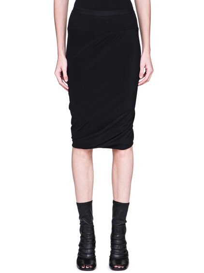 RICK OWENS FW18 SISYPHUS DOUBLED SKIRT IN BLACK SILK CREPE FEATURES A SLIM FIT