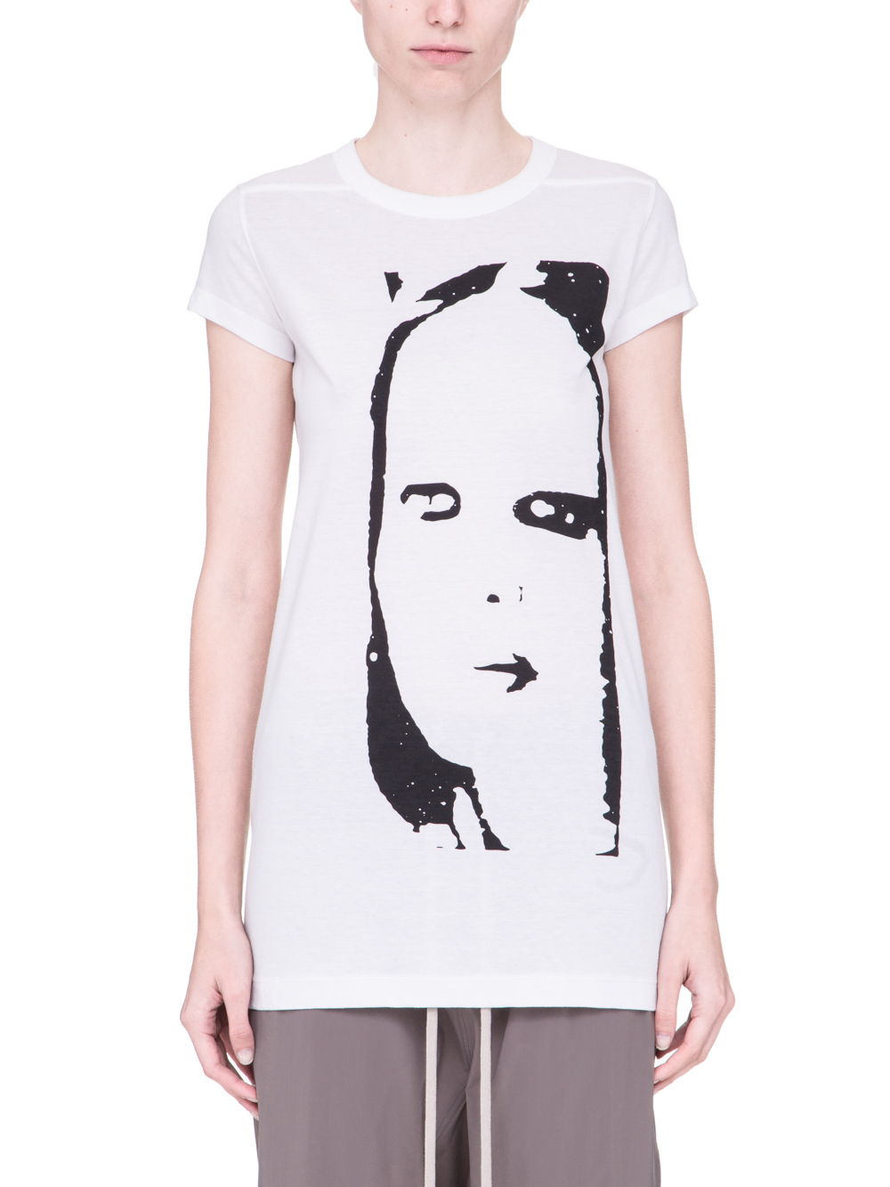 RICK OWENS SS19 BABEL LEVEL SHORTSLEEVE TEE IN WHITE COTTON FEATURES A BLACK OVERSIZED KEMBRA PRINT ON THE FRONT
